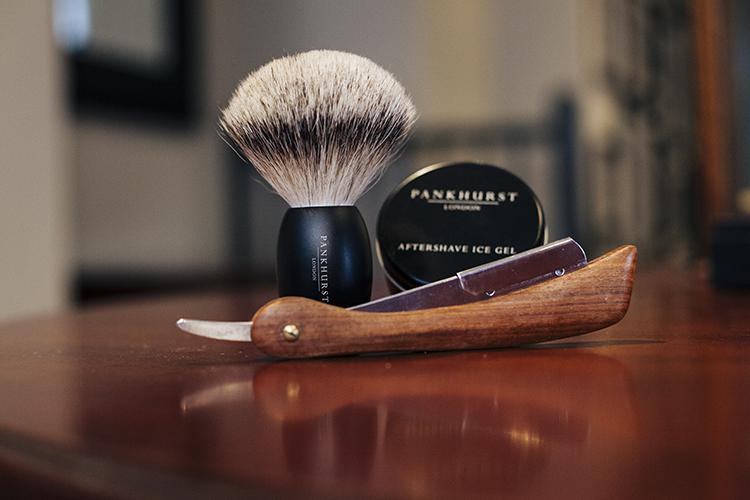 three day professional shaving course for barbers including vat pankhurst london barbershop. Black Bedroom Furniture Sets. Home Design Ideas